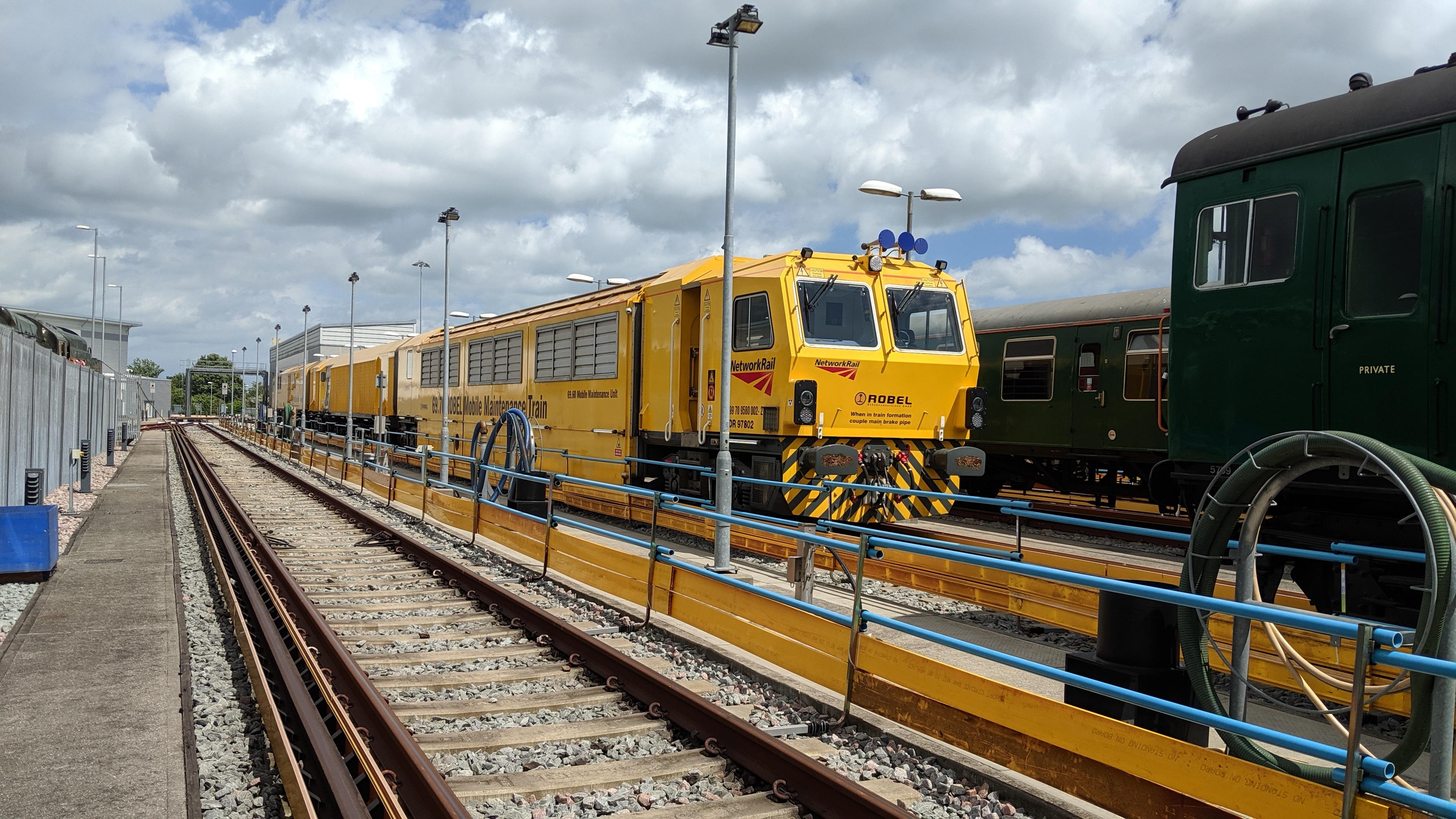 Robel Mobile Maintenance Train