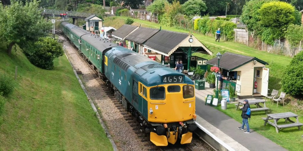 27001 Locomotive