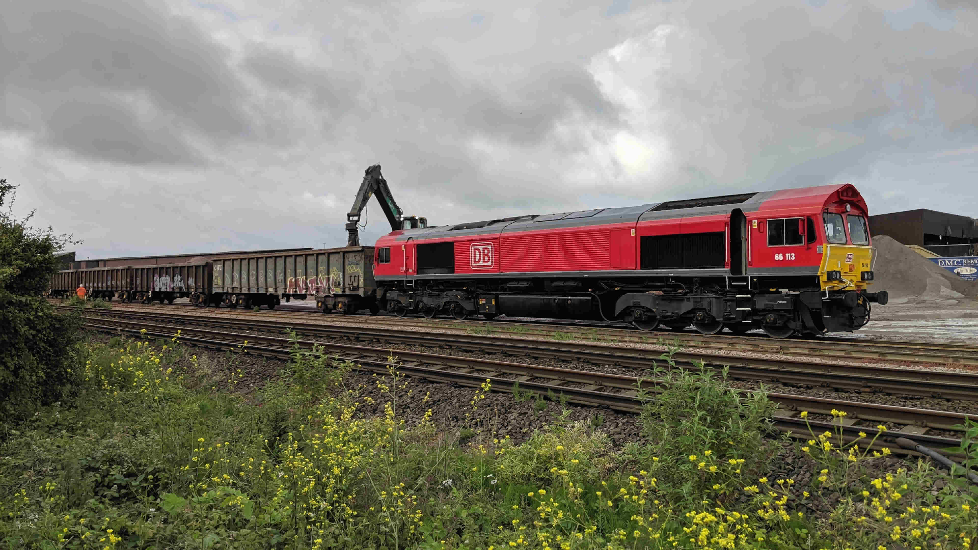 class 66 DB red livery