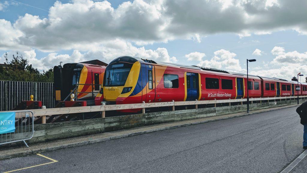 707014 at Northam Depot