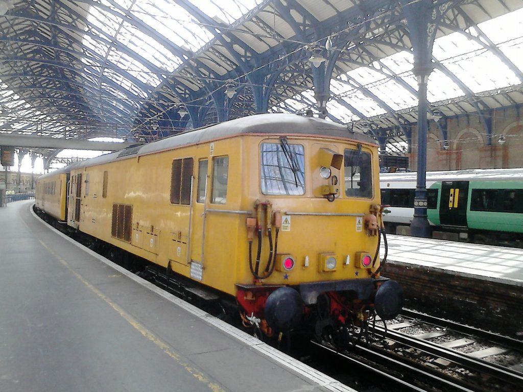 Network Rail Class 73136