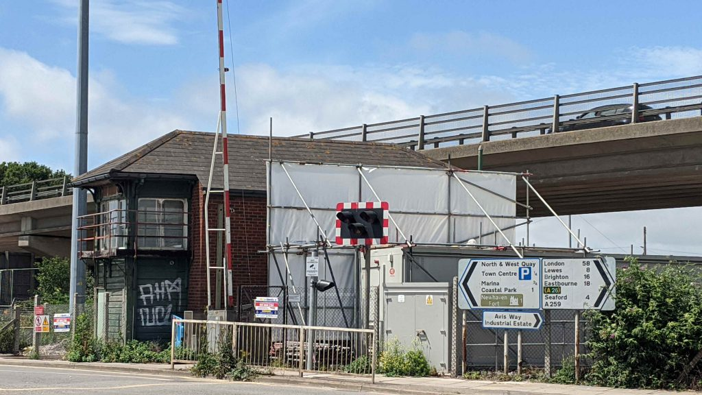 Newhaven Town Signal Box before demolition